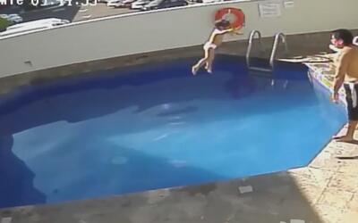 Suspenden condena de hombre que ahogó a su hijastra en hotel de Morelia