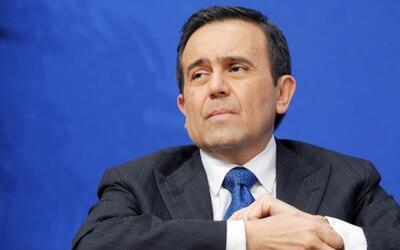 México prepara acciones fiscales para contrarrestar la política económic...