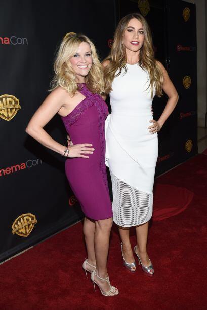 Reese Witherspoon y Sofia Vergara hace unos días en Las Vegas.