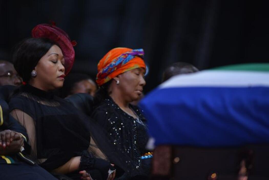 Makaziwe Mandela, hija del expresidente Nelson Mandela, asistió a la cer...