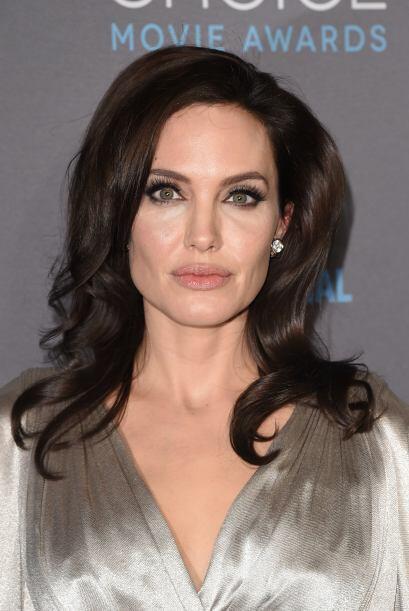 Angelina Jolie se encuentra en Londres. Inauguró el 'Centro sobre las Mu...