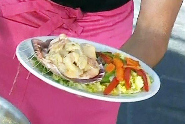Otra variante de cocinar los camarones, llamados 'costa marinera'.   Mir...