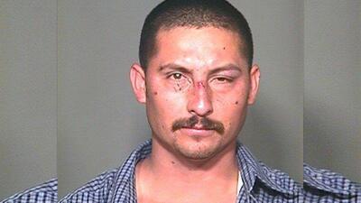 Manuel Osorio-Arellanes fue sentenciado por la muerte un agente de la pa...
