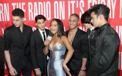 Christina Milian, de la cadena E!, recibió a la banda ganadora CN...