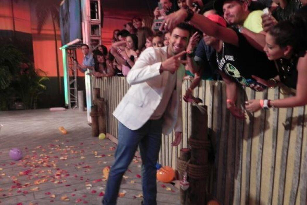 Jencarlos Canela logró estrenar su canción del verano, 'I love it' en el...