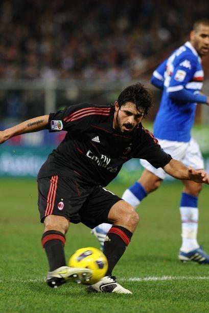 El interminable Gennaro Gattuso marcó los tiempos en la mitad de...
