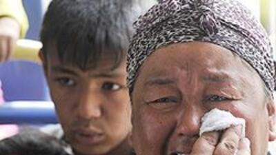 Miles de refugiados uzbekos reciben ayudas con cuentagotas db11a91c89d44...