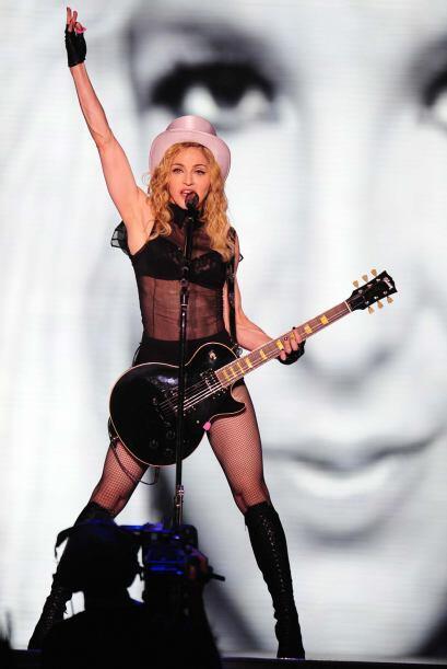 3.- Madonna:  Siempre polémica,  a la vanguardia y marcando tendencia. E...