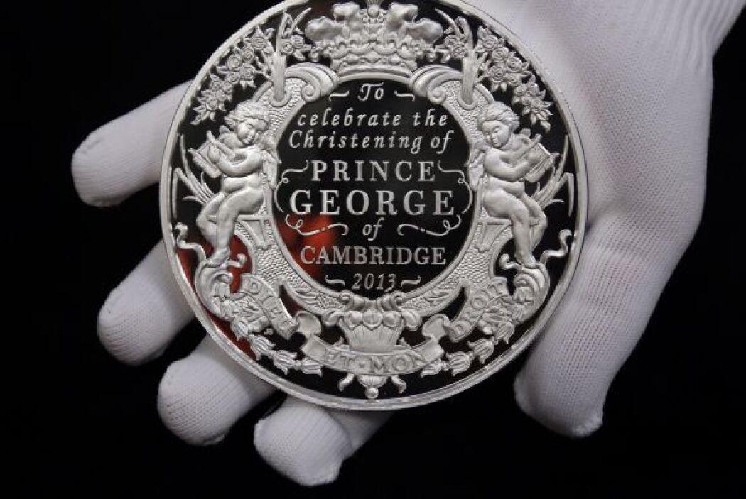 Con el fin de celebrar el bautizo del primogénito de los Duques de Cambr...