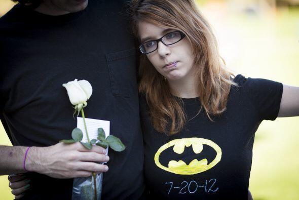 Un año después de la masacre que dejó 12 muertos y decenas de heridos en...