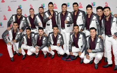 'El Flaco' de Los Recoditos por culpa de una venezolana ya sabe bailar s...