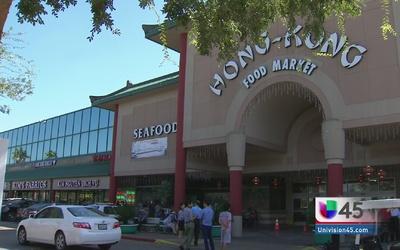 Dos muertos en tiroteo dentro de supermercado
