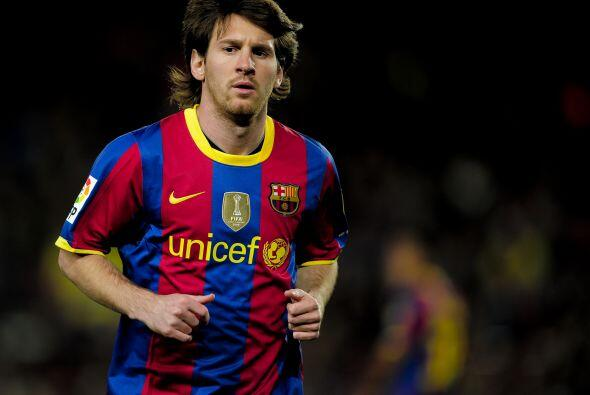 El Ceuta logró el descuento pero Lionel Messi, quien entró...