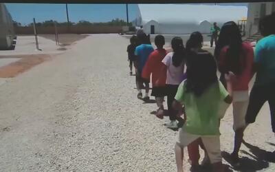 Futuro incierto para cientos de niños indocumentados en Homestead por el...