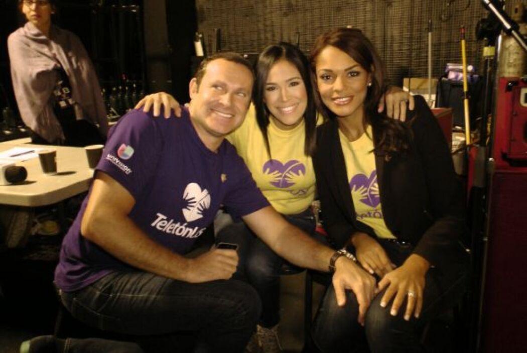 Alan, Karla e Ilia estuvieron muy juntitos apoyando el Teletón USA.