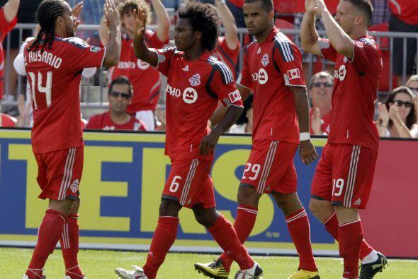 Toronto FC sigue con el invicto en casa al vencer a Chivas USA mostrando...