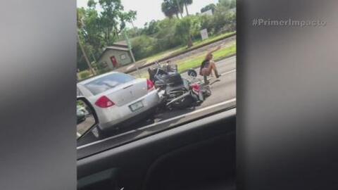Conductor atropelló a motociclista en Florida