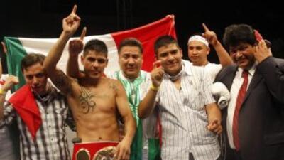 Salgado seguro de derrotar a Beltrán (Foto: HG Boxing)