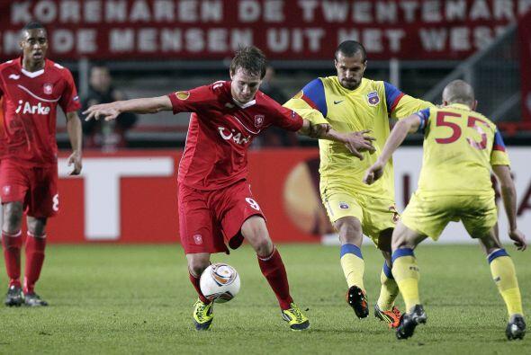 El Twente acabó con el sueño del Steaua Bucarest a ganarle 1 a 0.