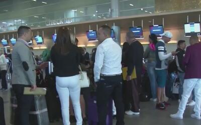 28 médicos cubanos llegaron al sur de la Florida procedentes de Colombia...