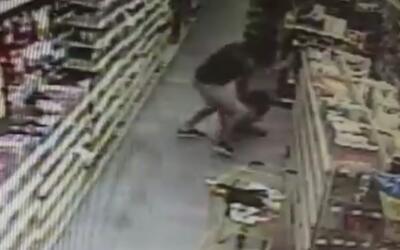 Video de seguridad muestra el intento de secuestro a una niña en Florida