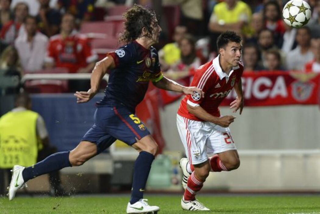 Carles Puyol reaparecía luego de algunas semanas fuera por una lesión de...