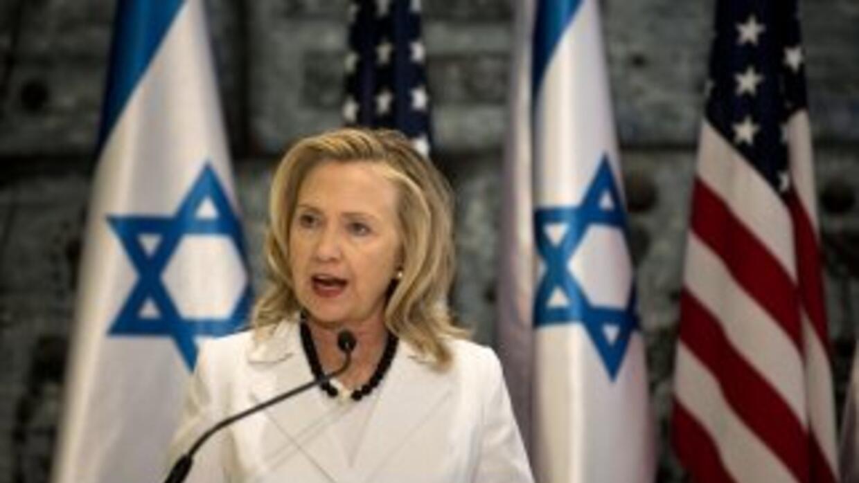 "Clintonvaloró que ""Irán parece que aún no ha tomado la decisión estraté..."