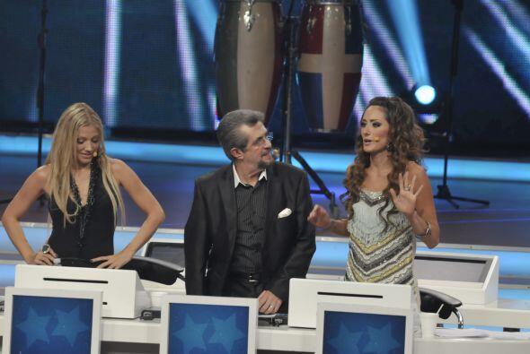 El 'Flaco' Ibáñez escuchaba a Raquel con muchísima atención.