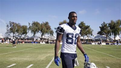 En el training camp de los Cowboys (AP-NFL).