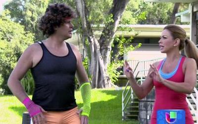 Simón Ricardo y Claudia Molina hicieron una rutina de ejercicio para may...