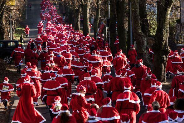 En Rumania, la carrera fue organizada en beneficio de la Asociación Ruma...