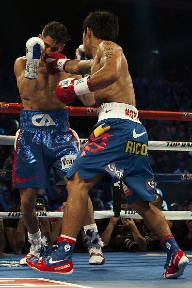 Pacquiao fue una tormenta en el inicio de la pelea, soltaba golpes de to...