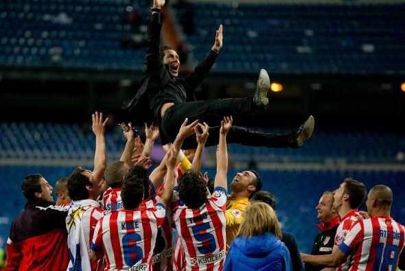El entrador del Atlético de Madrid amplió su vinculación con el Atlético...