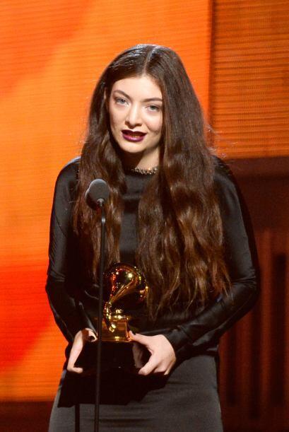 La extraña pero exitosa cantante Lorde se coronó entre las...