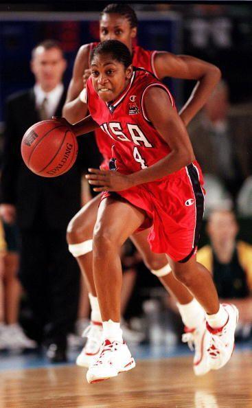 Es considerada una de los 100 mejores atletas del siglo XXI.