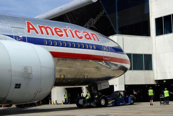 El alto costo del petróleo y el descenso de pasajeros son algunos de los...