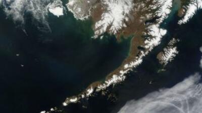 Alerta de tsunami emitida para parte de las Islas Aleutianas después de...