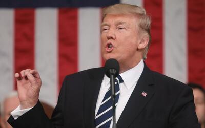 Trump dice que la aplicación de las leyes migratorias acabarán con los p...