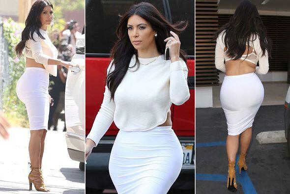 Kim, te queremos ver más tapadita. Mira aquí los videos m&...