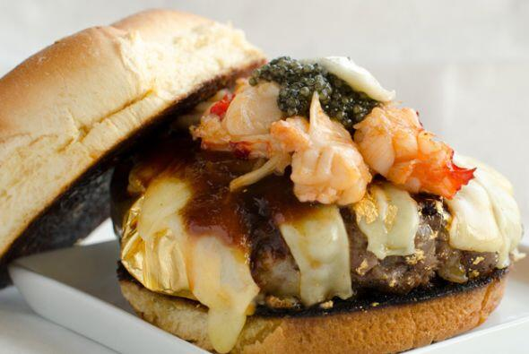 Este hamburguesa del restaurante 666 en Nueva York definitivamente es un...
