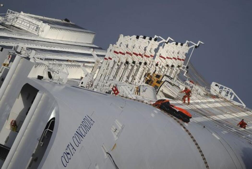 El encallamiento del Concordia en aguas de Italia ocurrió al inicio de u...
