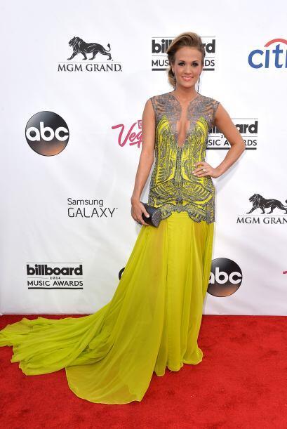 ¿Qué tal el vestido de Carrie? Mira aquí lo &uacute...