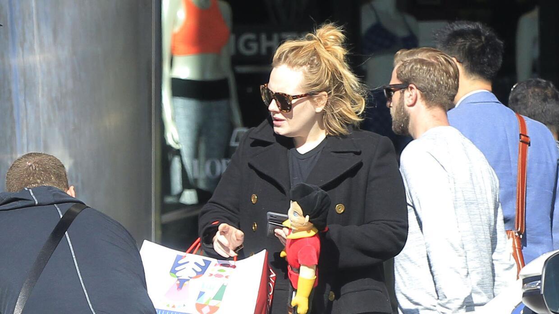 Adele se va de 'shopping'