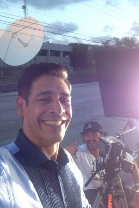 """""""Y la grabación sigue"""", contó Johnny Lozada. (Abril 3, 2014)"""