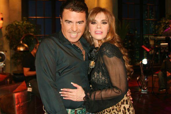 Gabriel y Lucía son grandes amigos y tienen muchos años de...