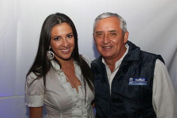Y no faltó la foto del recuerdo con el presidente de Guatemala Ot...