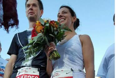 Se casan en el maratón de Chicago