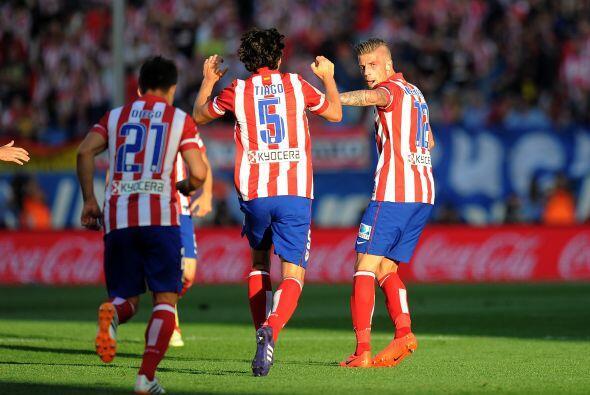 Ahora, los 'Colchoneros' iban por el gol del triunfo, que les pod&iacute...