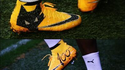 El jugador de los Wolves utilizó unos zapatos con diamantes para el jueg...