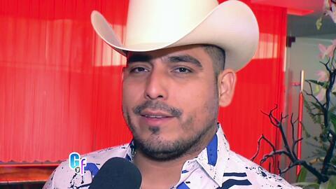 Espinoza Paz se quiere operar porque necesita corregir algo que tiene ch...